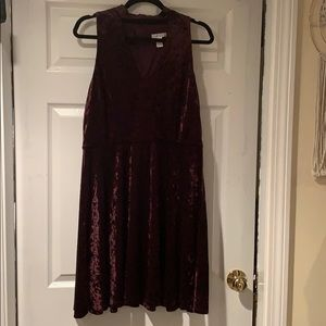 Crushed velvet maroon dress